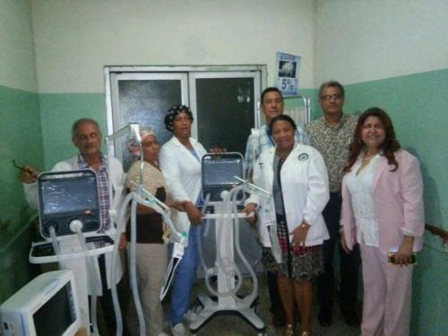 Unidad de Cuidados Intensivos del Hospital Jaime Mota recibe equipos médicos