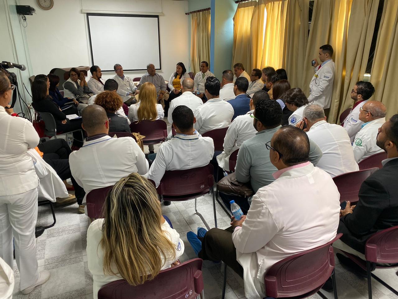 Titular  SNS se reúne con CMD Santiago; gremio califica de productivo el encuentro