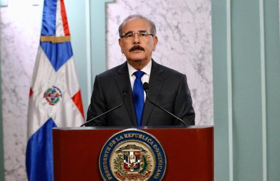 Presidente Medina presenta nuevas medidas frente al COVID-19