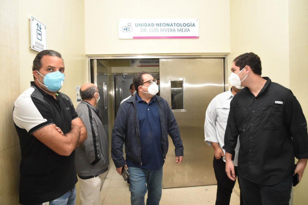 Director SNS visita hospitales y anuncia nuevas camas COVID-19 en el Robert Reid