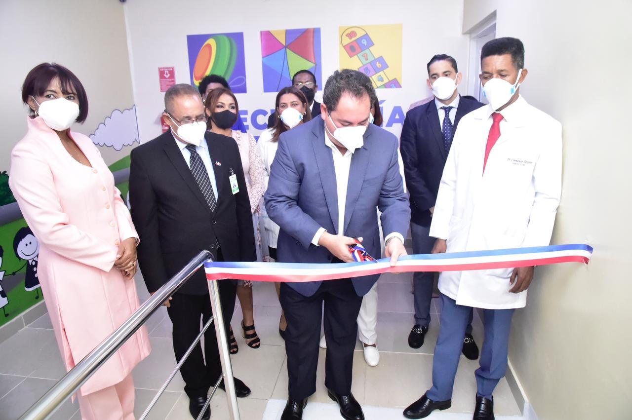 SNS pone en funcionamiento moderna área COVID-19 en hospital Robert Reid Cabral