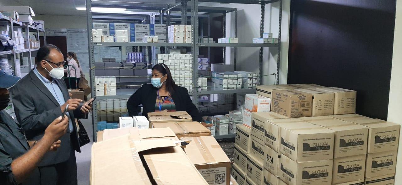 Lee más sobre el artículo Autoridades desmienten falta de insumos y material gastable en hospital San Vicente de SFM